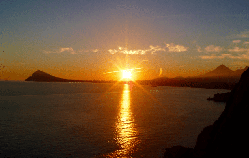 Sunset-over-Benidorm-from-Toix