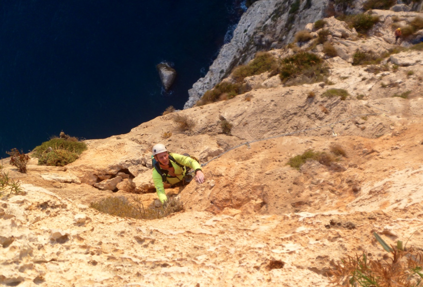 Sea-cliff-climbing-Costa-Blanca