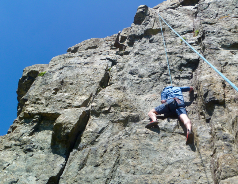 Rock-climbing-in-the-Lake-District