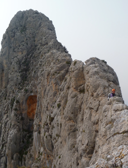 Guided-traverse-of-the-Benicadell-Ridge-Costa-Blanca