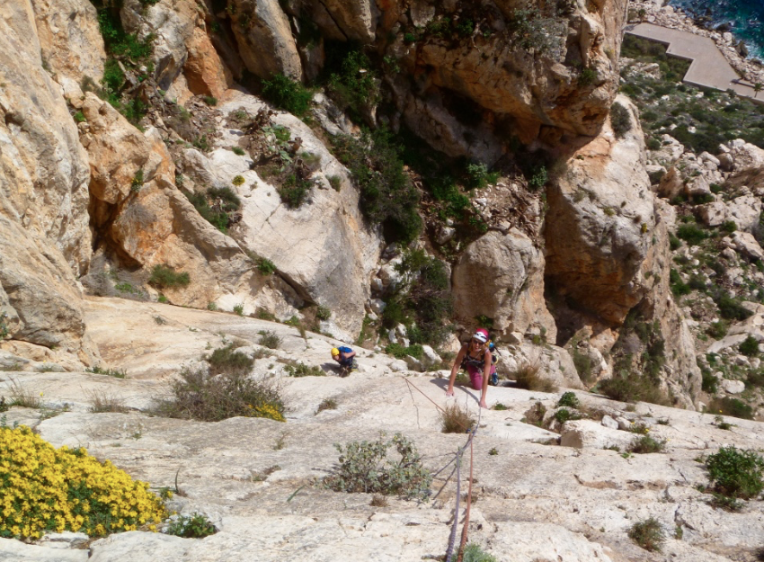 Guided-sea-cliff-climbing-Calpe